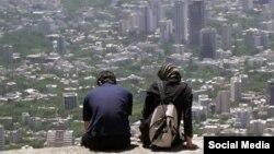 مقام های بهزیستی ایران می گویند تعداد افراد مجرد در ایران افزایش داشته است.