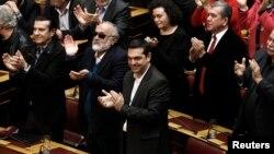 希臘議會星期一第三次投票。