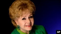 Legendary Actress Debbie Reynolds Dies at 84