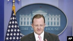 美国新闻秘书吉布斯周二在白宫