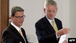 Nemački i švedski ministar inostranih poslova, Gvido Vestervele i Karl Bilt