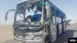 在巴基斯坦西南部俾路支省查盖县一辆载有中国工人的大巴受到自杀式炸弹攻击。(2018年8月11日)