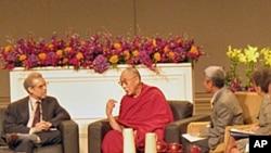 达赖喇嘛在华盛顿与科学家对谈