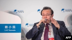 2016年3月24日,中國華融資產管理公司董事長賴小民在中國海南省博鰲亞洲論壇年會期間發表演講。