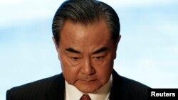 왕이 중국 외교부장이 25일 라오스 비엔티안에서 열린 아시안 지역안보 포럼 외교장관 회의에 참석했다.