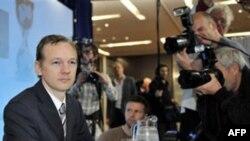 Người sáng lập WikiLeaks -- Julian Assange