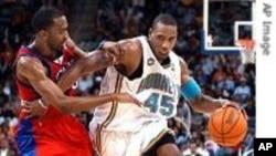 НБА плеј-оф: Сан Антонио спурс и Феникс санс во вториот круг