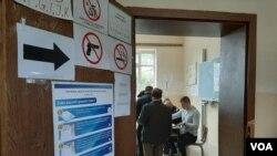 Arhiva - Glasanje na izborim na Kosovu, 6. oktobra 2019.