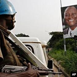 Un Casque bleu à Abidjan