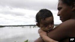 Indigenas brasileiros (foto de arquivo)