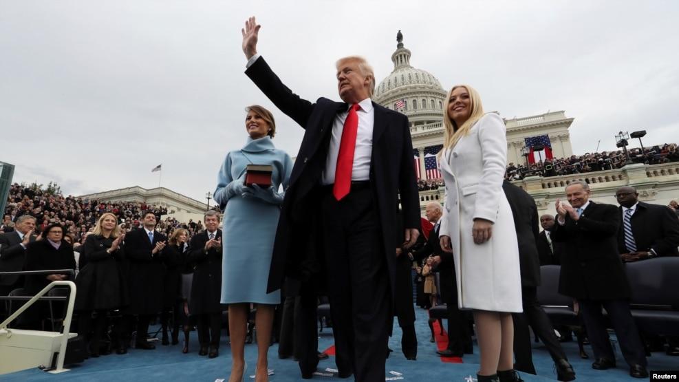 Tân Tổng thống Hoa Kỳ Donald ngay sau khi tuyên thệ nhậm chức, ngày 20/01/2017.