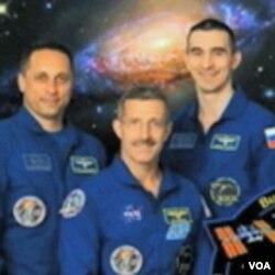 Dan Burbank, Anton Šakplerov i Anatolij Ivanišin