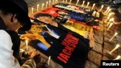 El nuevo juicio civil podría atraer una vez más la mirada de millones de fanáticos de Michael Jackson en todo el mundo.