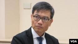 台湾南华大学亚太所副教授孙国祥 (美国之音张永泰拍摄)