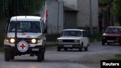 在叙利亚北部的国际红十字会车队
