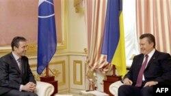 Андерс Фог Расмуссен и Виктор Янукович
