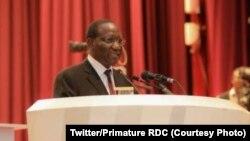 Ministre ya Yambo Sylvestre Ilunga na Assemblée nationale na Kinshasa, RDC, 6 mai 2020. (Twitter/Primature RDC)