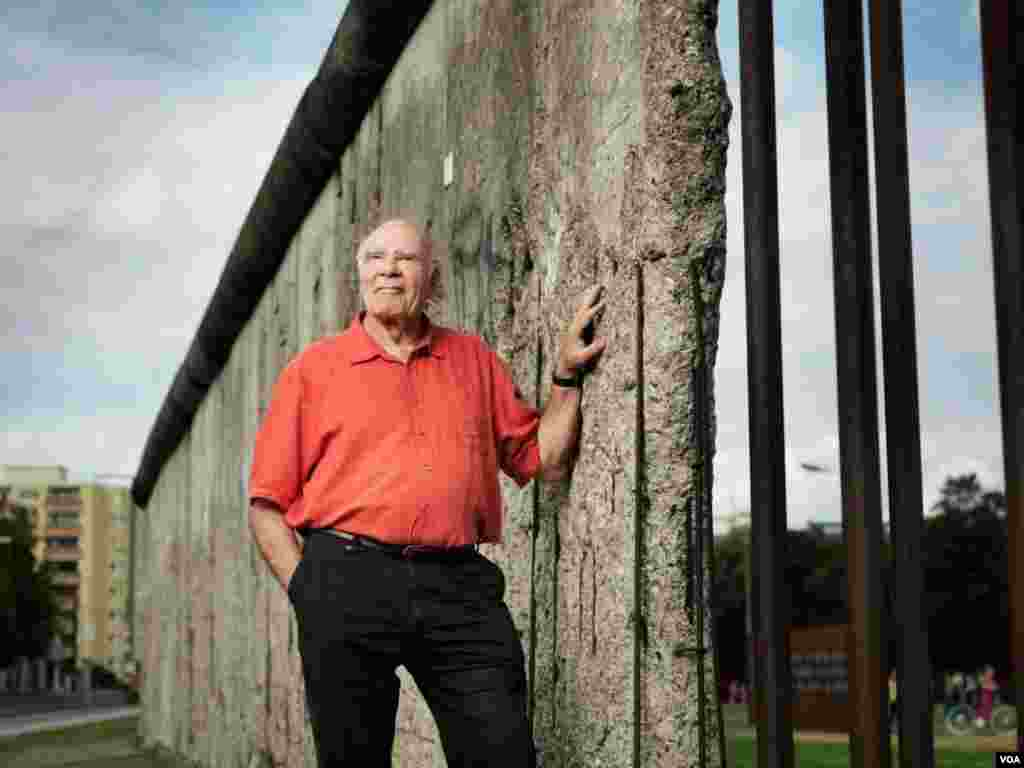 Burkhart Veigel at the Berlin Wall Memorial. (Copyright, used with permission from Burkhart Veigel)