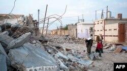 Wêneyek ji wanîyên hilweşî li bajarê Serêkanîyê.