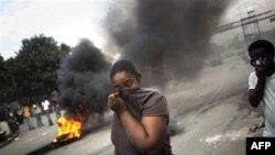 Эпидемию холеры на Гаити усугубляет разгул насилия