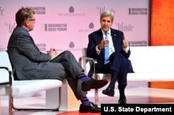 美国国务卿克里9月29日出席华盛顿思想论坛(图片来源:美国国务院)