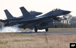 台湾空军的F-16战斗机(资料照)