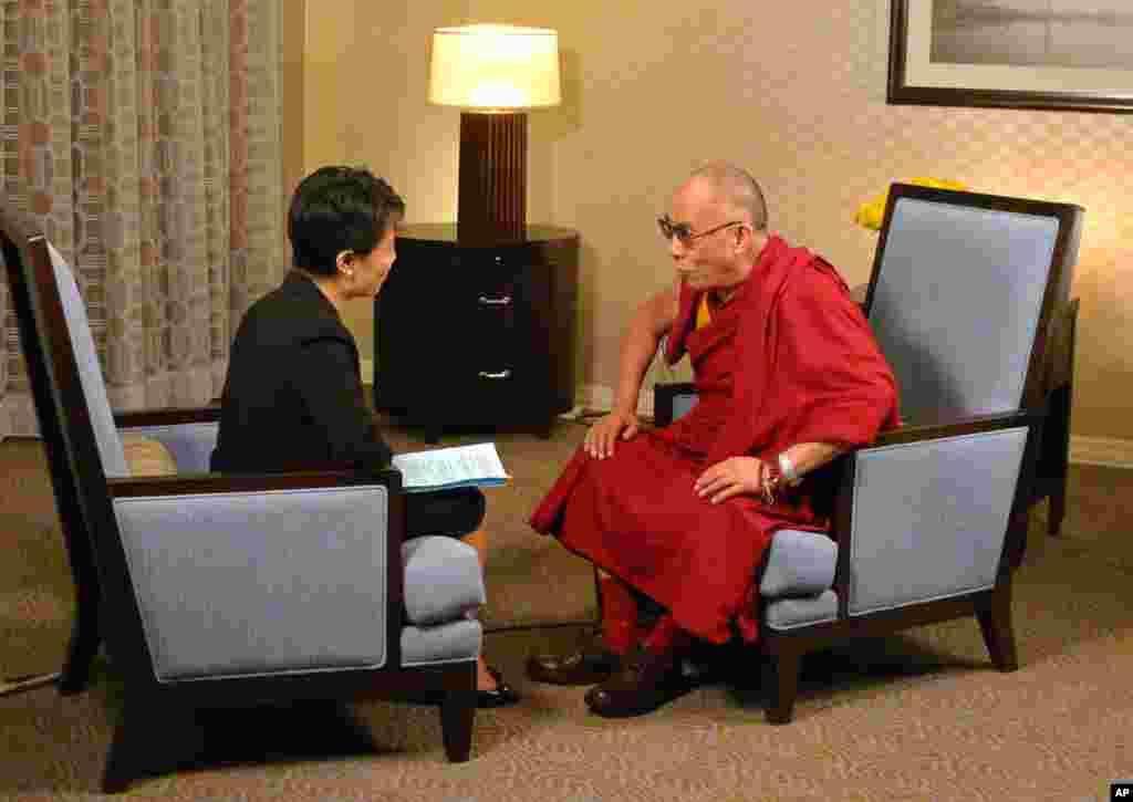 美国之音专访达赖喇嘛
