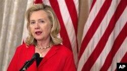 希拉里克林頓要求巴基斯坦對哈卡尼採取行動。