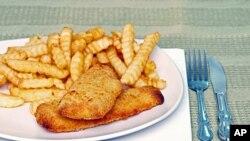 Prema dosadašnjim rezultatima studije američke vlade, prekomjerno konzumiranje pržene ribe moglo bi dovesti do povećanog rizika od srčanog infarkta