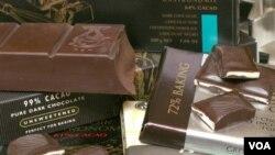 Dua batang cokelat seminggu dapat mengurangi resiko terkena stroke pada wanita (foto:ilustrasi).