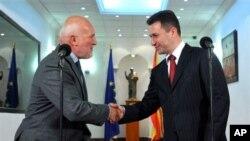 Амбасадорот Фуере и премиерот Груевски во Скопје