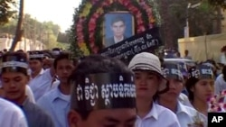 "A scene from the documentary ""Who Killed Chea Vichea?"" Chea Vichea, a popular Cambodian union leader, was assassinated on January 22, 2004, in Phnom Penh."