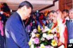 বাংলাদেশের প্রাইম মিনিস্টার শেখ হাসিনার সাথে চীনের ভাইস প্রেসিডেন্ট শি জিনপিং