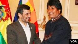 """Los presidentes de Bolivia e Irán reafirmaron su alianza de tinte """"anti-imperialista"""" y prometieron ampliar la cooperación económica."""