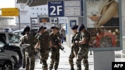 Fransız Havalimanlarında Daha Sıkı Güvenlik Önlemleri