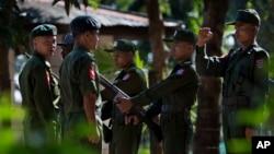 Suasana di markas pelatihan tentara angkatan darat Pathein, Irawaddy, Myanmar (Foto: dok). Militer Myanmar telah membebaskan 109 anak dari kesatuannya, pembebasan terbesar sejak pemerintah negara itu setuju menghentikan menggunakan tentara anak-anak dua tahun lalu.