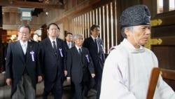 日本内阁要员参拜靖国神社所引发的反思和争议