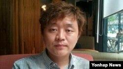 한국 전통관악기 퉁소 연주자 최민 씨. (자료사진)