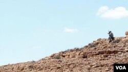Los enfrentamientos demuestran que las fuerzas de Gadhafi siguen siendo capaces de armar ataques.