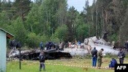 Istražitelji pretražuju olupinu srušenog ruskog aviona