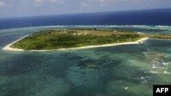 Острів Пагаса, один із спірних Парсельських островів
