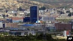 남측 도라산전망대에서 바라본 북한 개성공단. (자료사진)