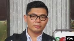 隨同國民黨主席洪秀柱參訪中國的該黨立委許毓仁。