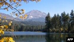Lasëni vullkanik në Kaliforninë veriore