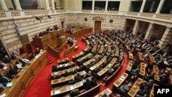 Grčki parlament u Atini glasa o budžetu, 23. decembar 2010.