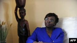 Victoire Ingabire Umuhoza akiwa nyumbani kwake Aprili 07, 2010, Kigali, Rwanda.