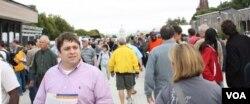 Miles de personas asistieron a la exposición el fin de semana.