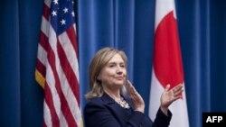 Держсекретар США Гіларі Клінтон в Японії.