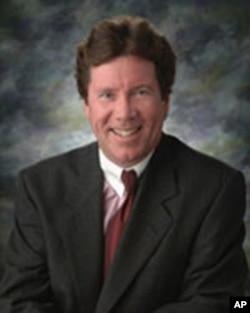 代表受害人家属的律师托马斯.麦隆