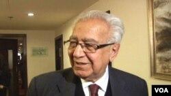 افغان امن کونسل کے سینیئر رکن عبدالحمید مبارز
